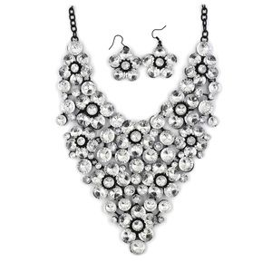 Transparent crystal flower necklace set
